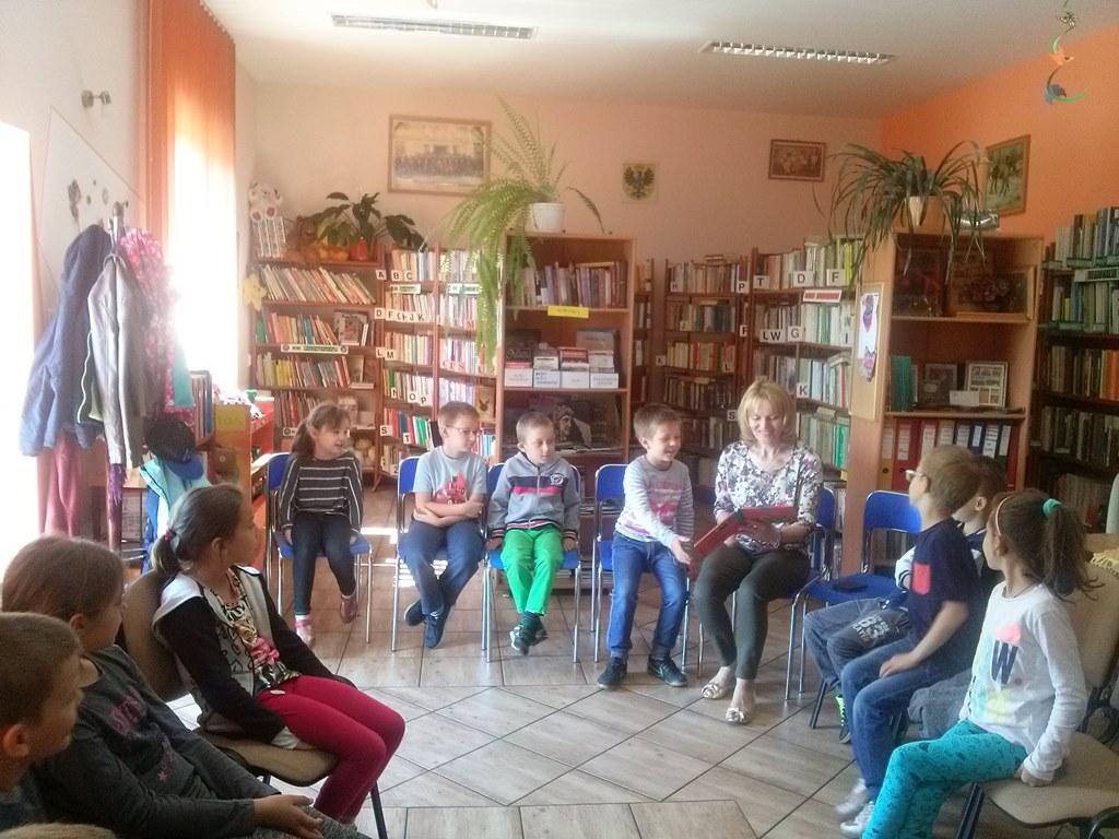 Głośne czytanie dzieciom